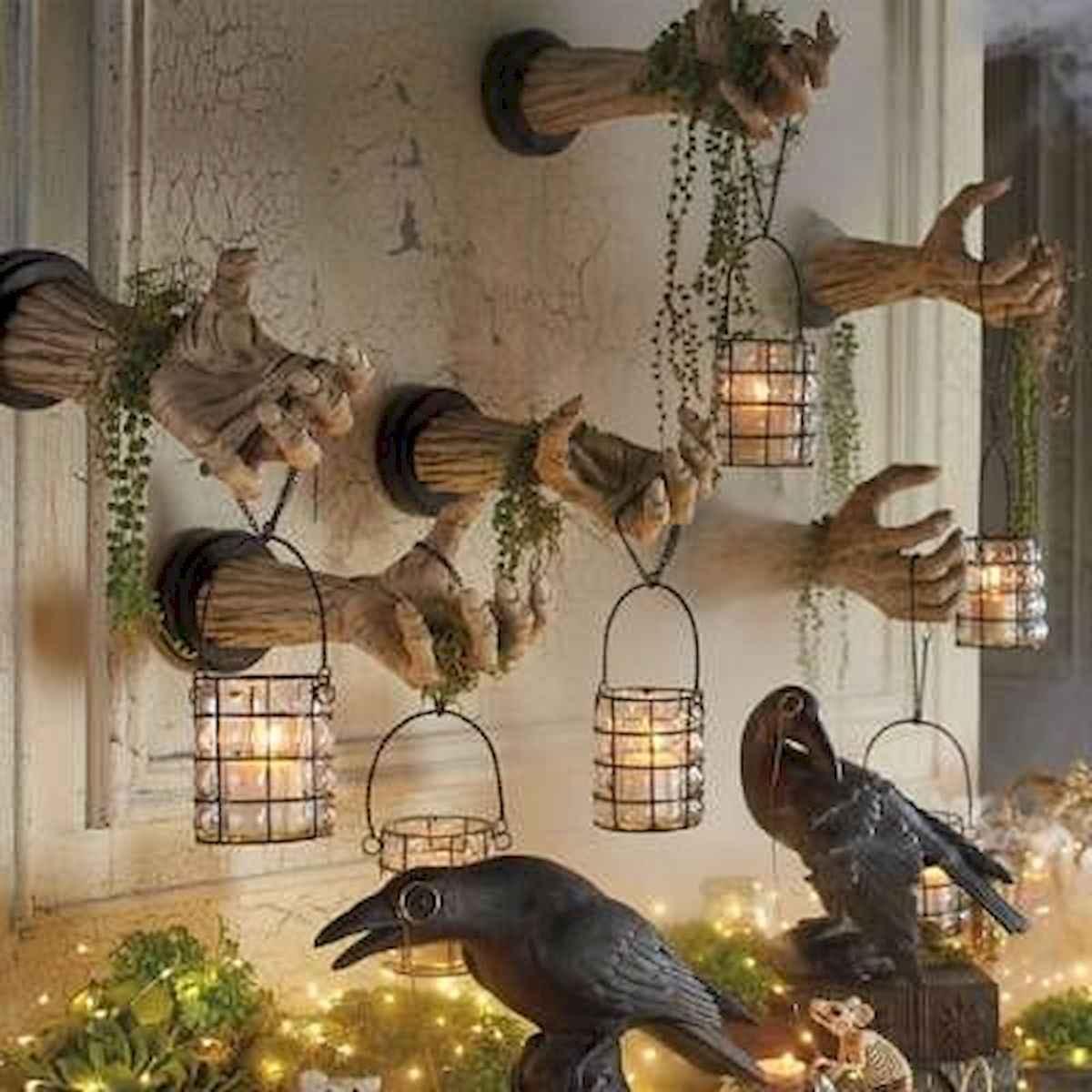 25 Creative Indoor Halloween Decorations Ideas (20)