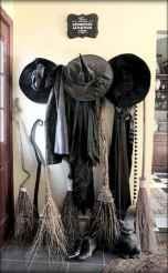 25 Creative Indoor Halloween Decorations Ideas (5)