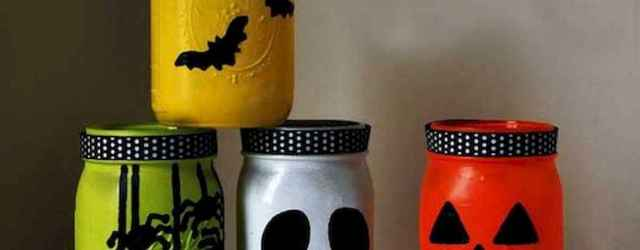 30 Best Creative DIY Mason Jar Halloween Crafts to Spice Up Your Fall Decor (11)