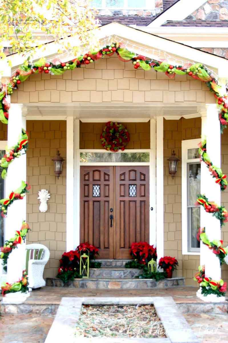 50 Awesome Christmas Front Porch Decor Ideas And Design (20)