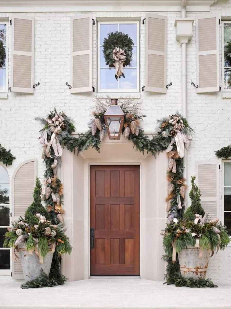 50 Awesome Christmas Front Porch Decor Ideas And Design (36)