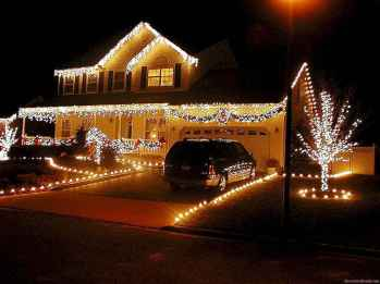 50 Awesome Outdoor Christmas Decor Ideas And Makeover (41)