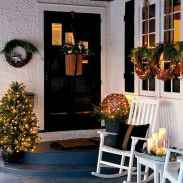 50 Christmas Front Porch Decor Ideas And Makeover (27)