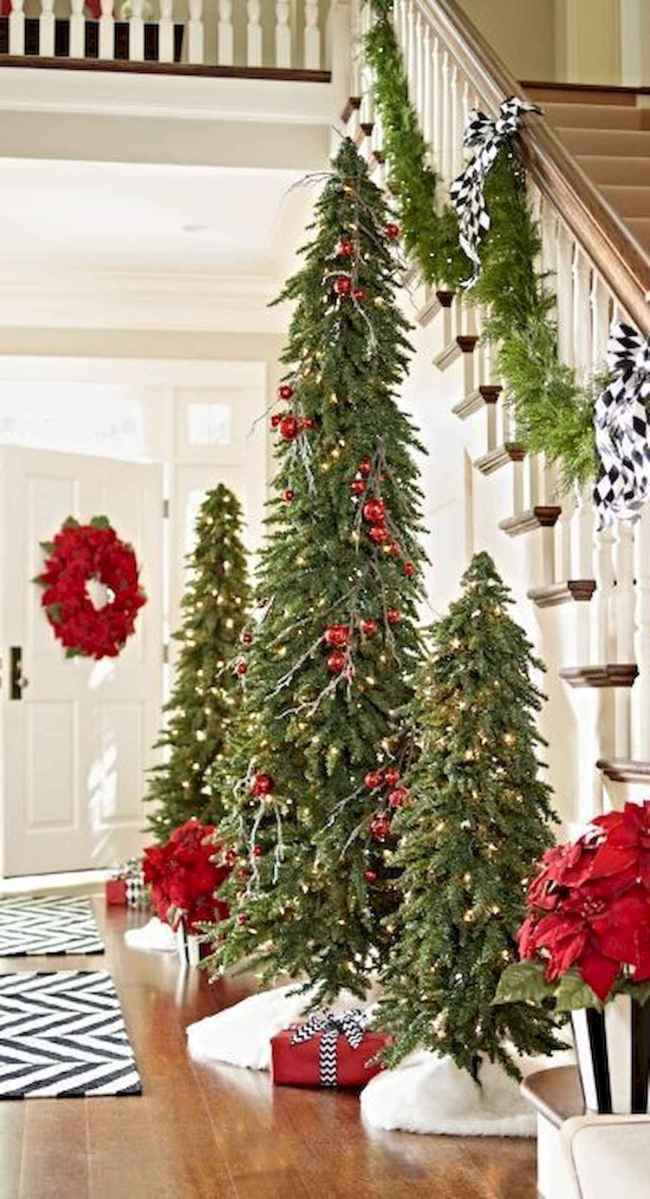 50 Christmas Front Porch Decor Ideas And Makeover (7)