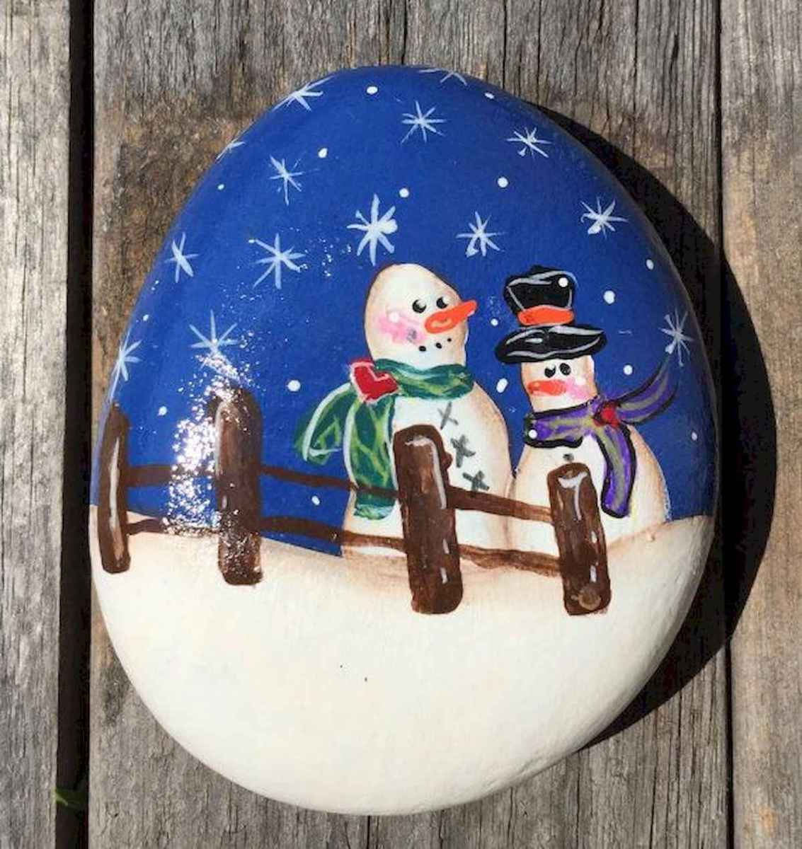 50 Easy DIY Christmas Painted Rock Design Ideas (13)