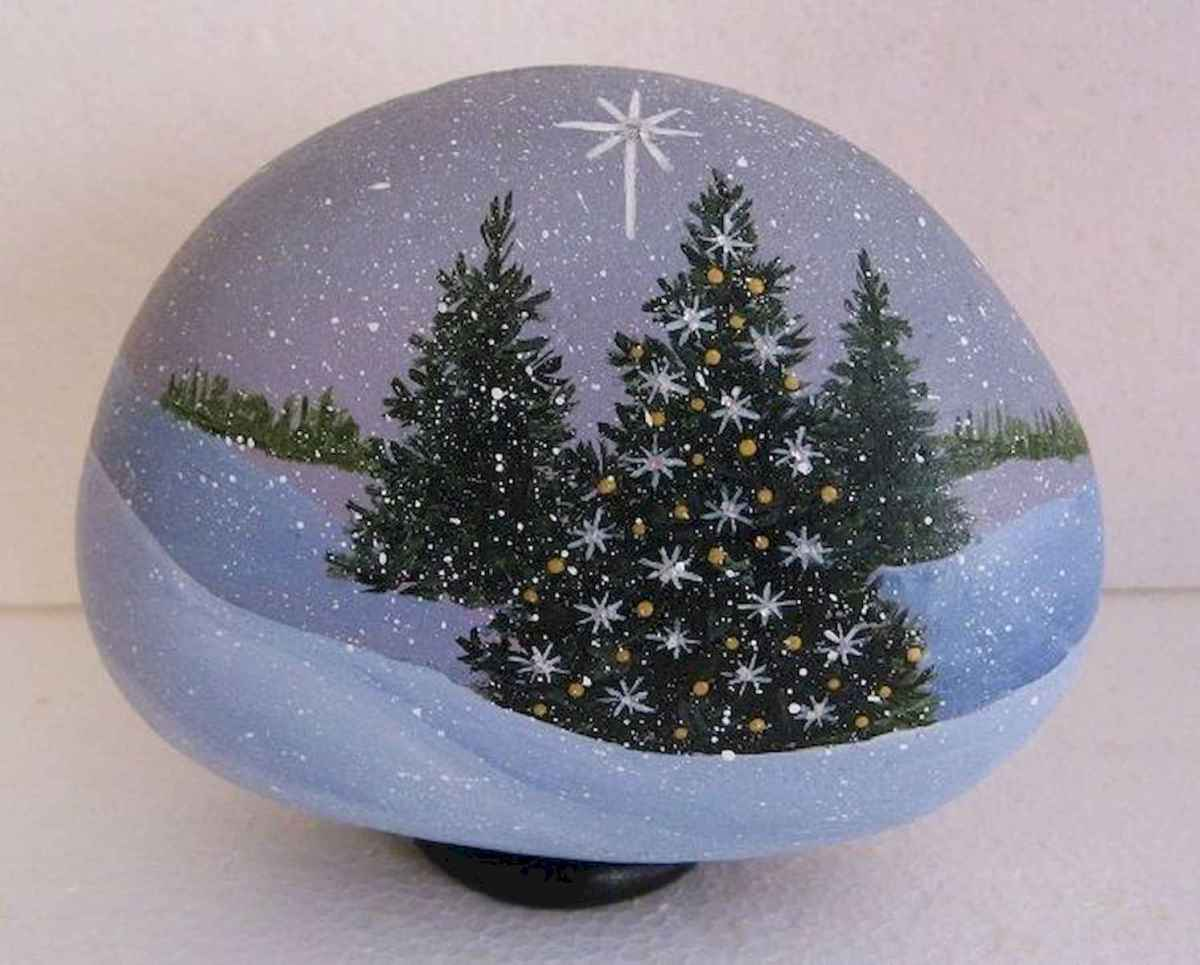 50 Easy DIY Christmas Painted Rock Design Ideas (28)