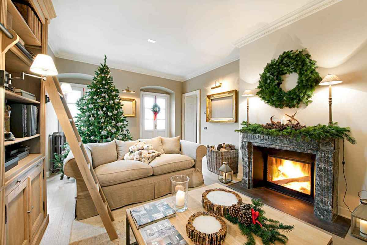 60 Best Farmhouse Christmas Decorating Ideas And Makeover (38)