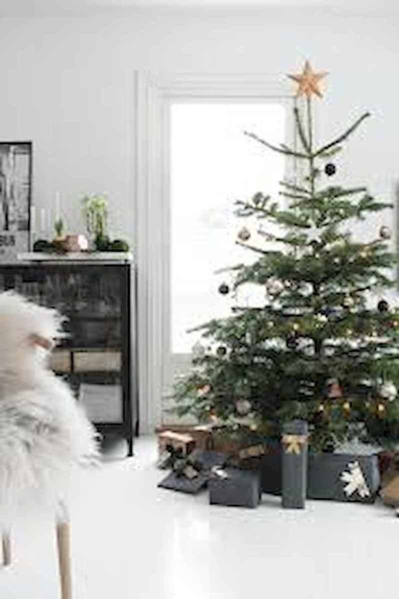 60 Best Farmhouse Christmas Decorating Ideas And Makeover (43)