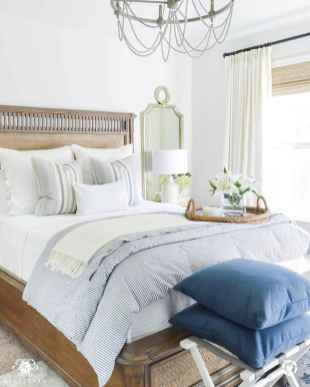 120 Awesome Farmhouse Master Bedroom Decor Ideas (58)