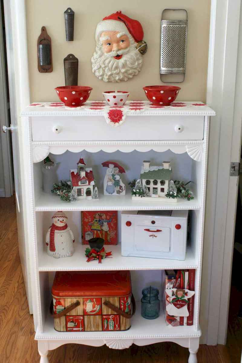 20 Elegant Christmas Kitchen Decor Ideas And Makeover (14)