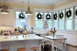 20 Elegant Christmas Kitchen Decor Ideas And Makeover (19)