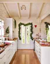 20 Elegant Christmas Kitchen Decor Ideas And Makeover (3)