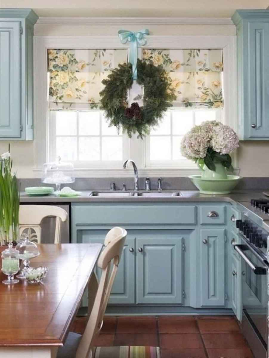 20 Elegant Christmas Kitchen Decor Ideas And Makeover (5)