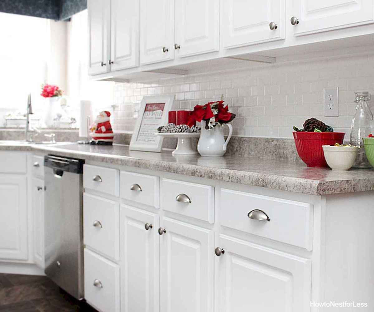 20 Elegant Christmas Kitchen Decor Ideas And Makeover (7)