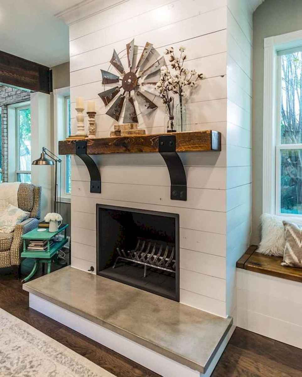 40 Awesome Fireplace Makeover For Farmhouse Home Decor (32)