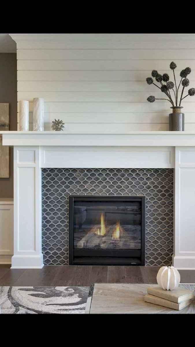 40 Awesome Fireplace Makeover For Farmhouse Home Decor (36)