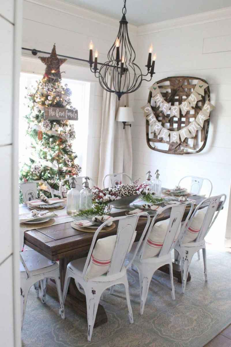 60 Awesome Farmhouse Christmas Decorating Ideas And Makeover (13)