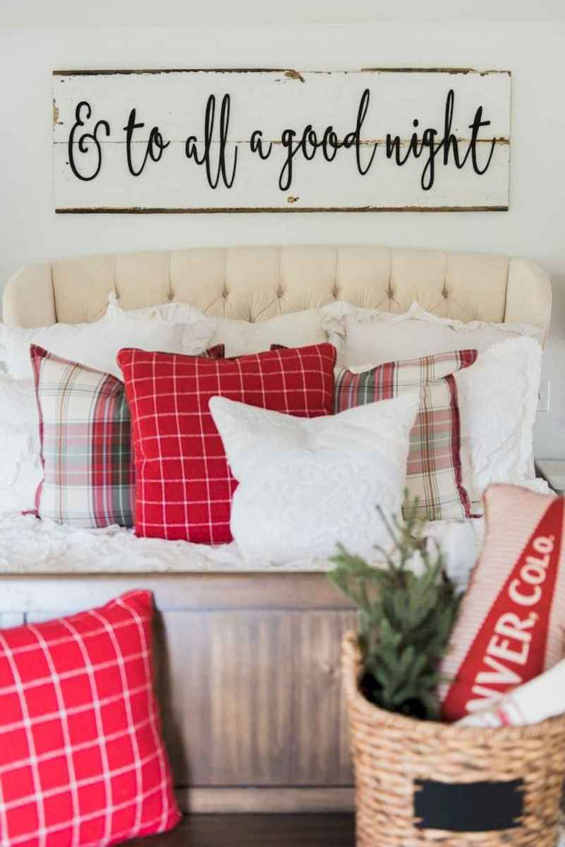 60 Awesome Farmhouse Christmas Decorating Ideas And Makeover (19)