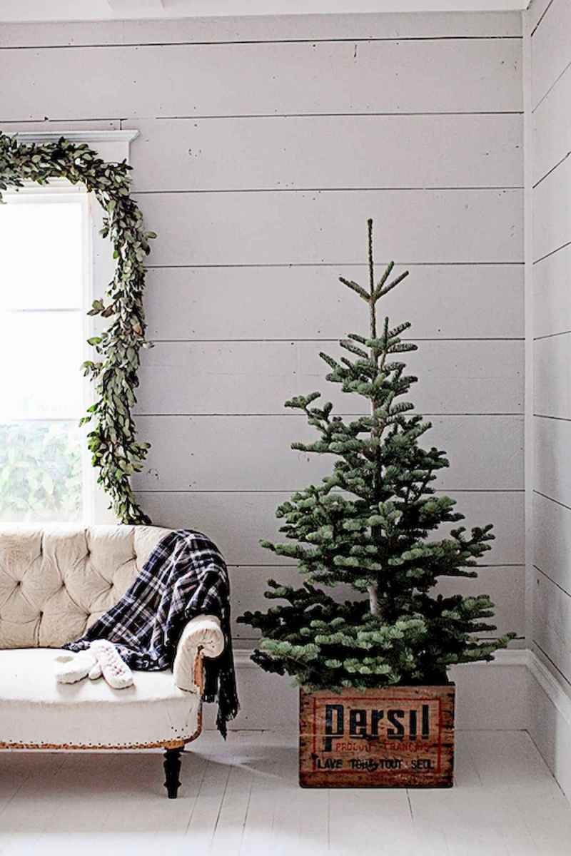 60 Awesome Farmhouse Christmas Decorating Ideas And Makeover (2)