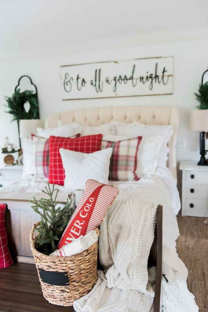 60 Awesome Farmhouse Christmas Decorating Ideas And Makeover (25)