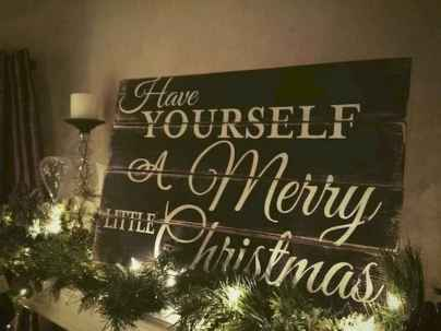 70 Awesome Christmas Lights Apartment Decorating Ideas And Makeover (1)