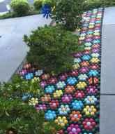 24 Beautiful DIY Garden Ball Ideas (22)