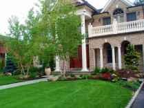 40 Inspiring Front Yard Landscaping Ideas (11)