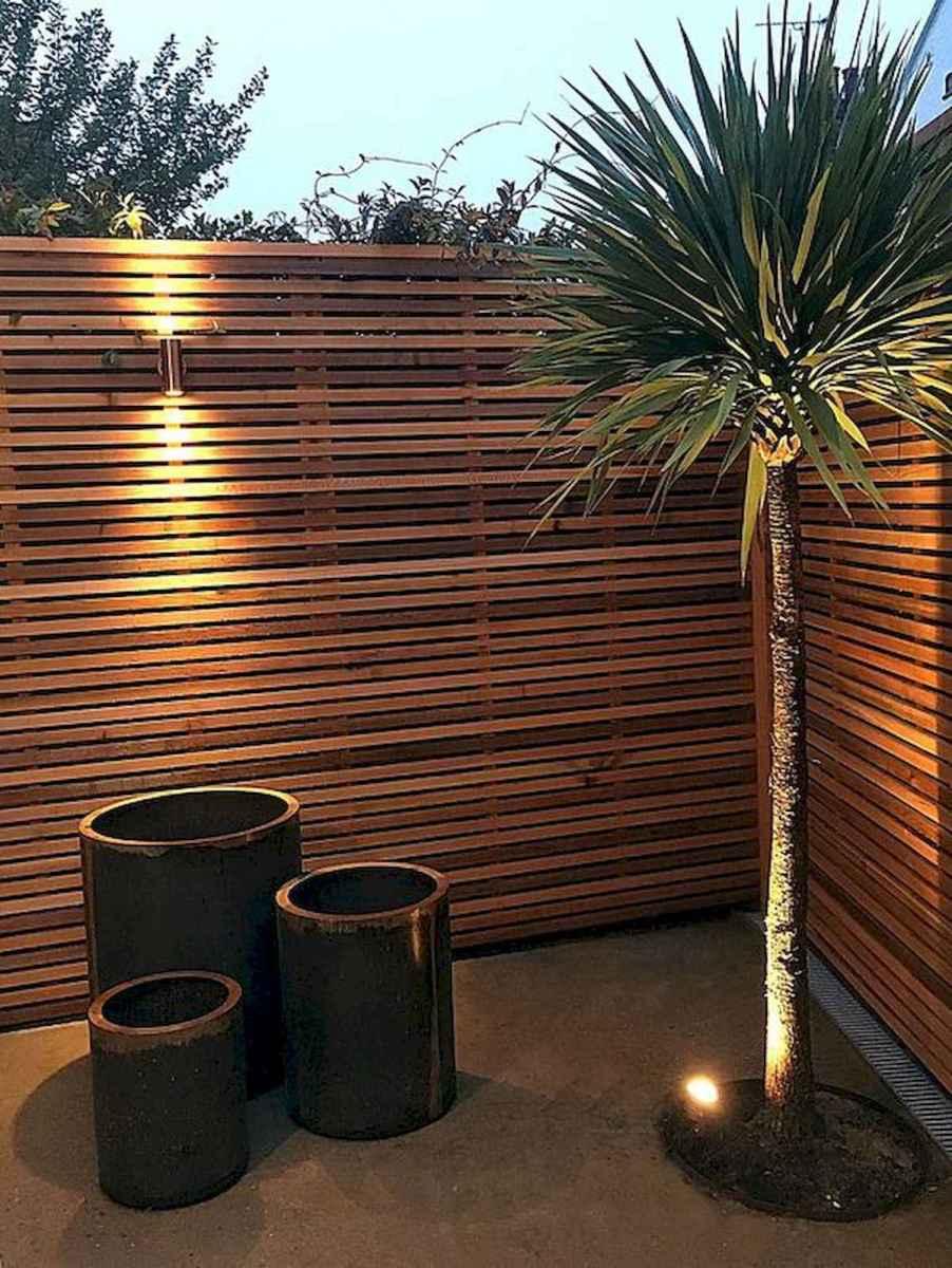 40 Unique Garden Fence Decoration Ideas (24)