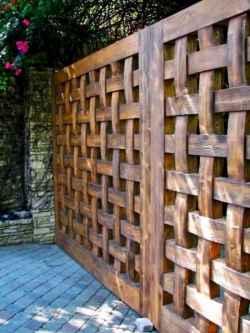 40 Unique Garden Fence Decoration Ideas (39)