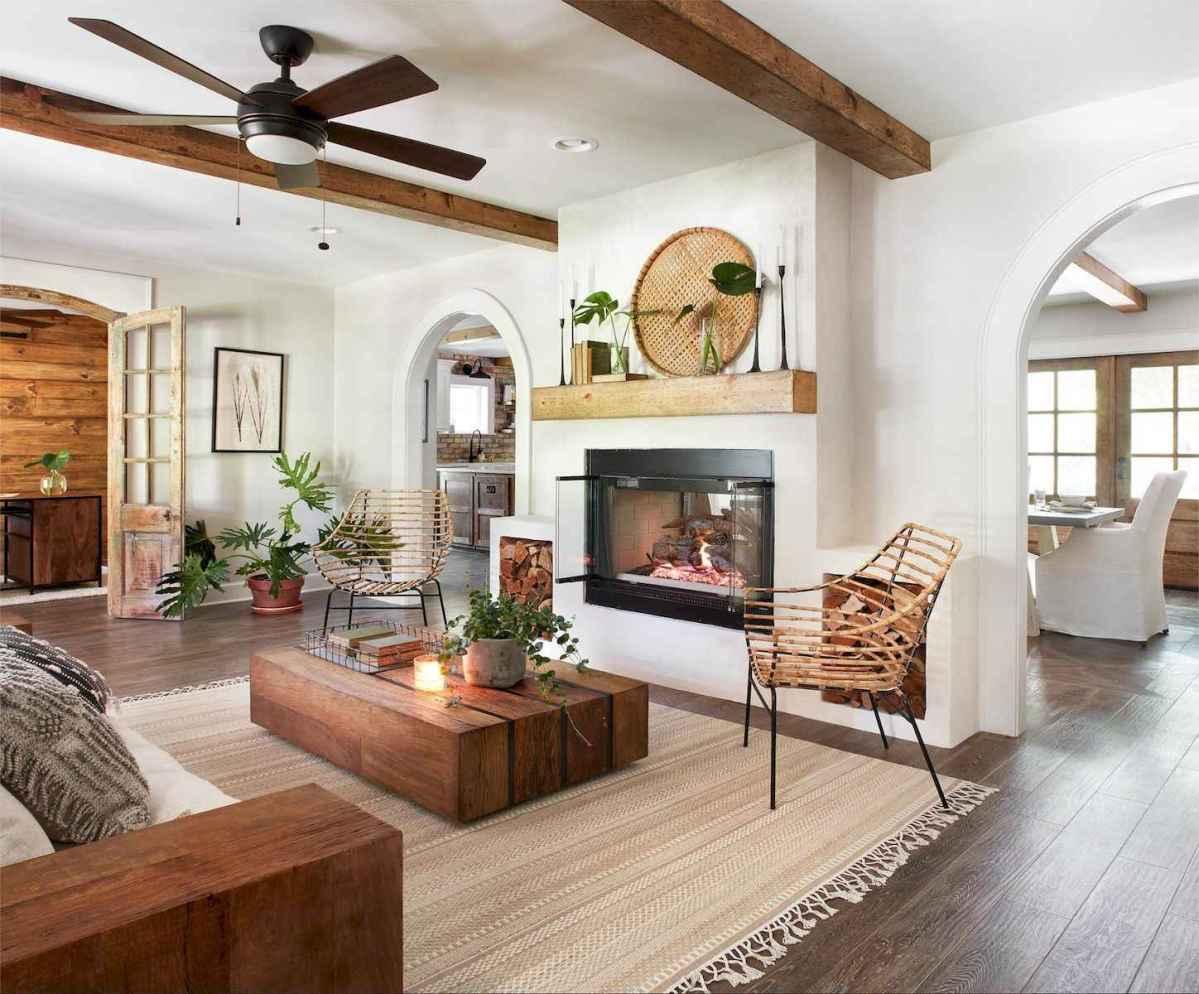 50 Rustic Farmhouse Living Room Decor Ideas (32)