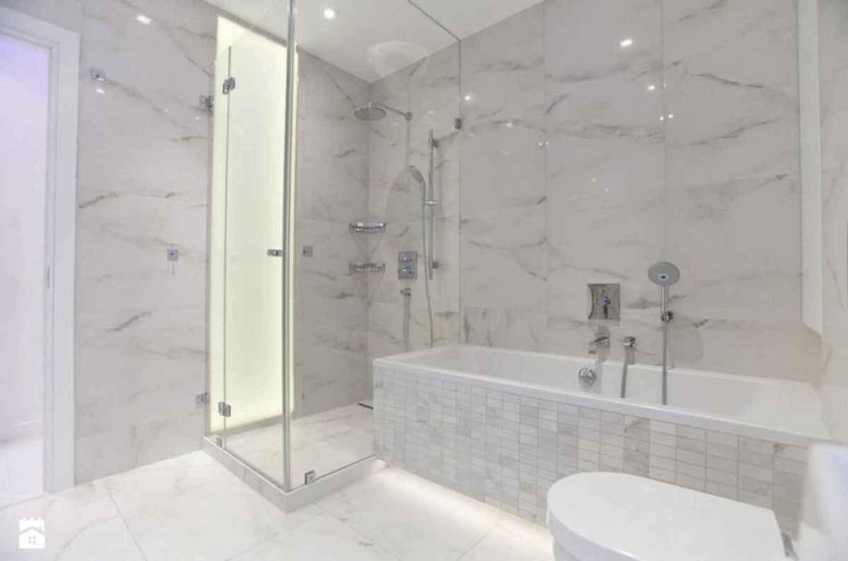 54 Amazing Small Bathroom Remodel Ideas (34)