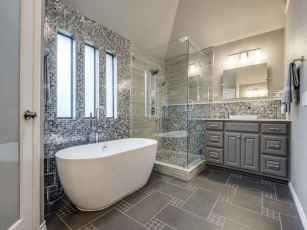 54 Amazing Small Bathroom Remodel Ideas (43)
