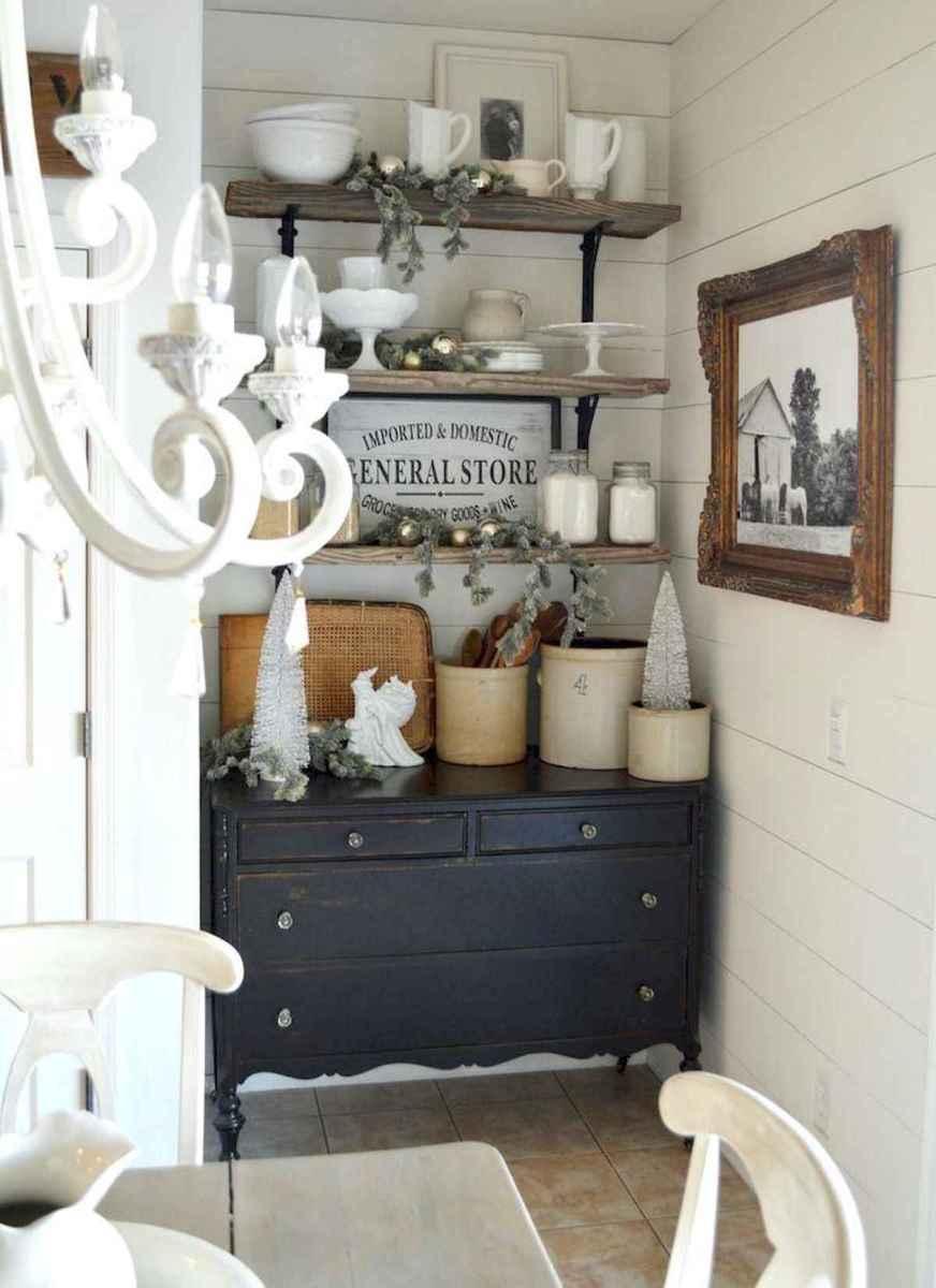 60 Stunning Farmhouse Home Decor Ideas On A Budget (27)