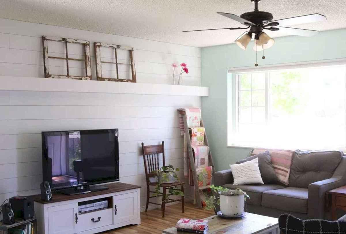60 Stunning Farmhouse Home Decor Ideas On A Budget (56)
