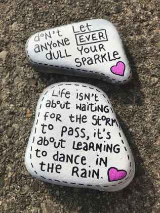35 Awesome Painted Rocks Quotes Design Ideas (24)