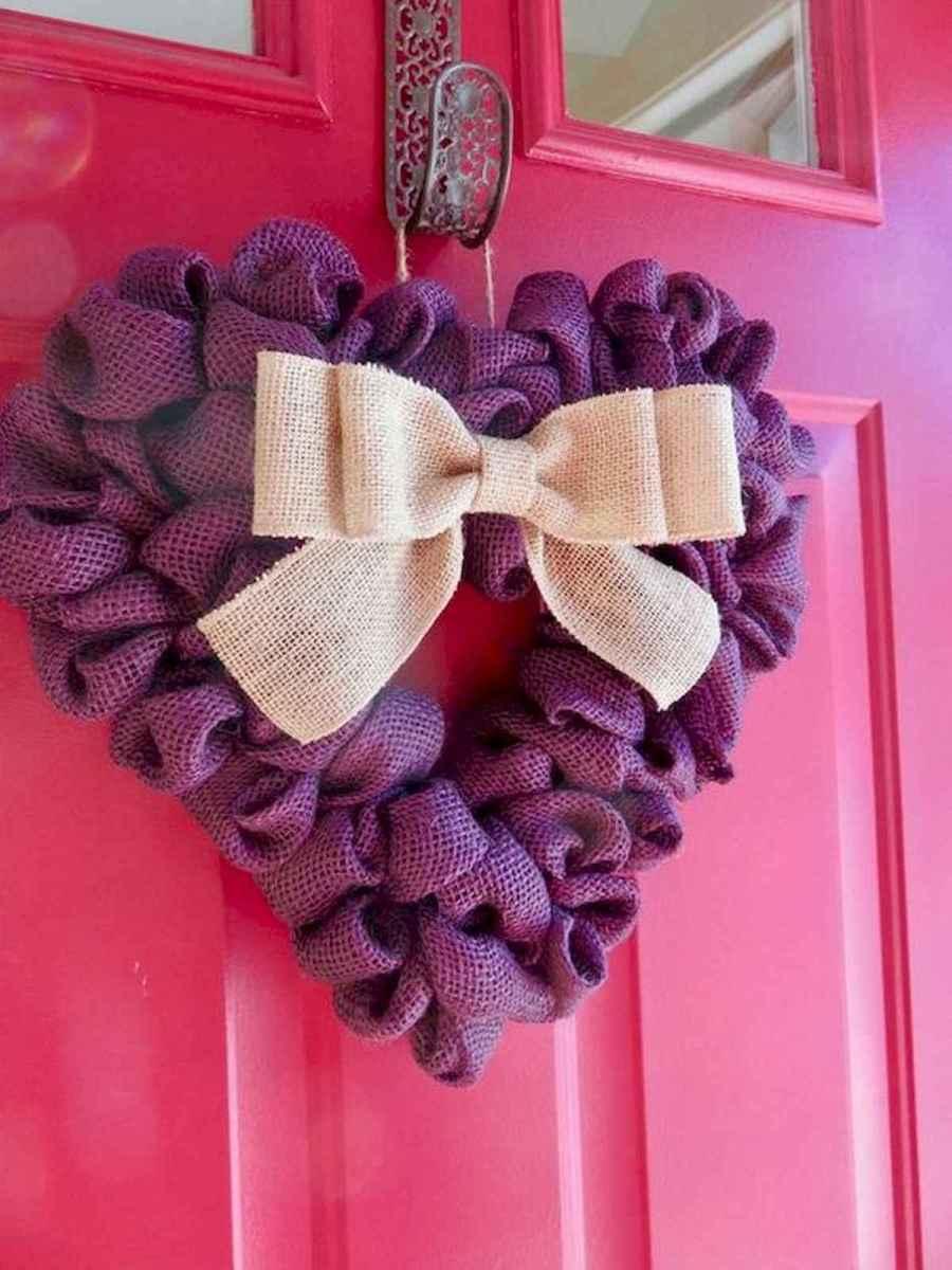 25 Easy DIY Valentines Wreath Ideas (32)