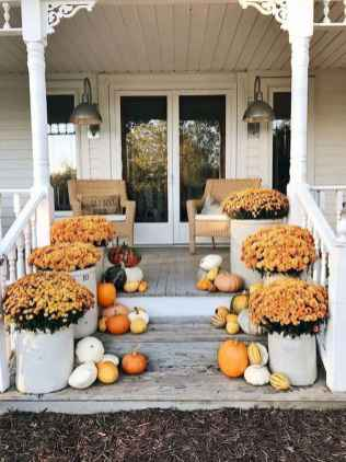 40 Awesome Farmhouse Porch Design Ideas And Decorations (2)