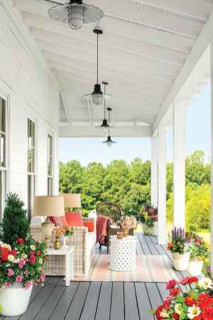 40 Awesome Farmhouse Porch Design Ideas And Decorations (24)