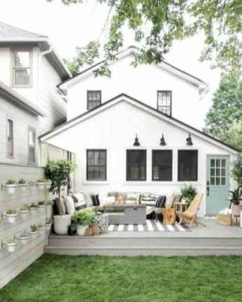 40 Awesome Farmhouse Porch Design Ideas And Decorations (7)