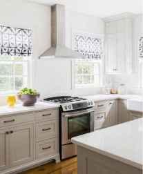 40 Best Farmhouse Kitchen Cabinets Design Ideas (5)