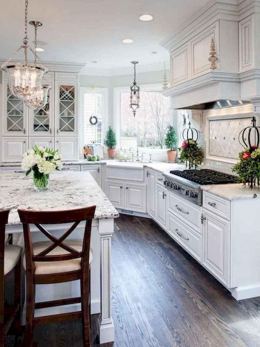 50 Best White Kitchen Design Ideas To Inspiring Your Kitchen (17)