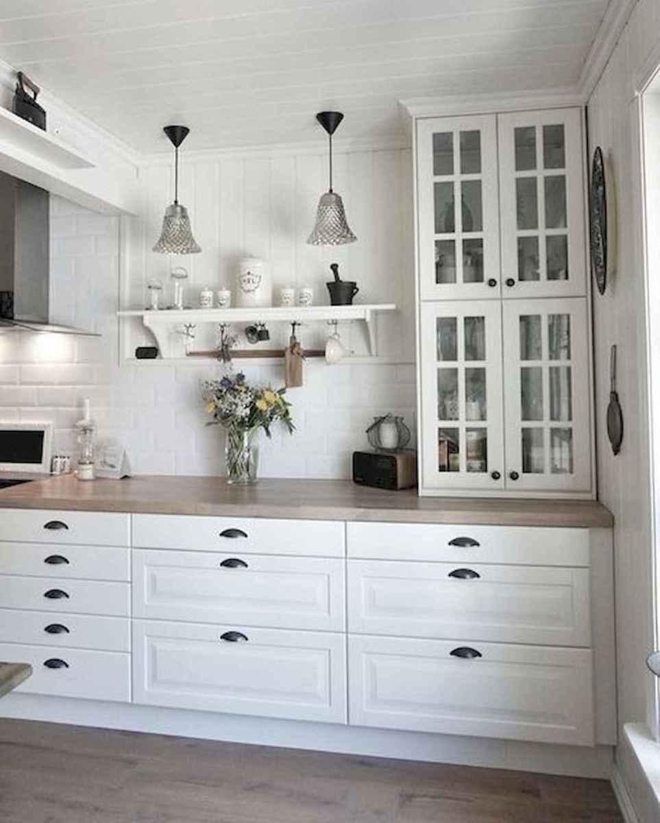 50 Best White Kitchen Design Ideas To Inspiring Your Kitchen (25)