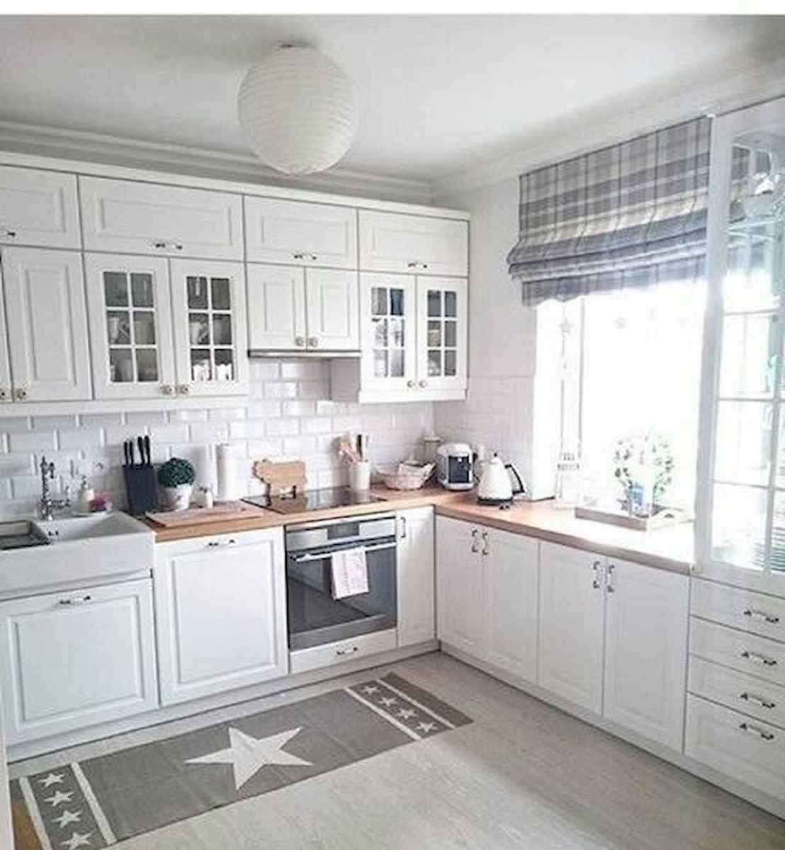 50 Best White Kitchen Design Ideas To Inspiring Your Kitchen (5)