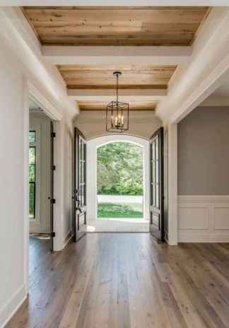 50 Stunning Farmhouse Entryway Design Ideas You Must Try In 2019 (25)