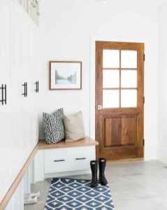 50 Stunning Farmhouse Entryway Design Ideas You Must Try In 2019 (44)