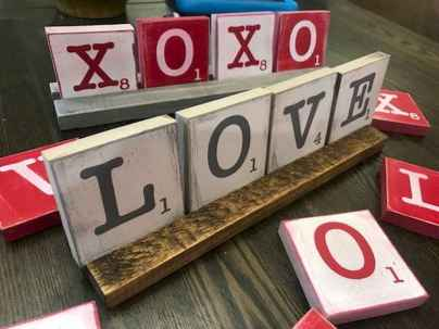 100 Easy DIY Valentines Decorations Ideas (93)