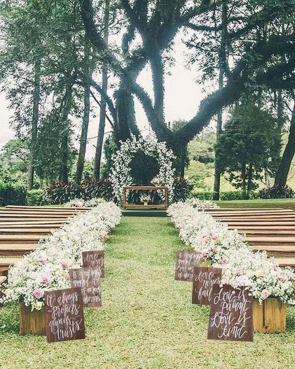 44 Stunning Backyard Wedding Decor Ideas On A Budget 32