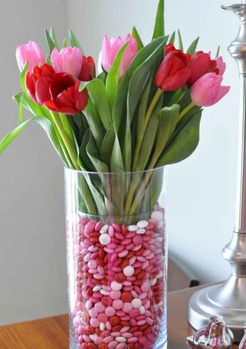 50 Romantic Valentines Day Decor Ideas (25)