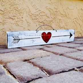 50 Romantic Valentines Day Decor Ideas (40)