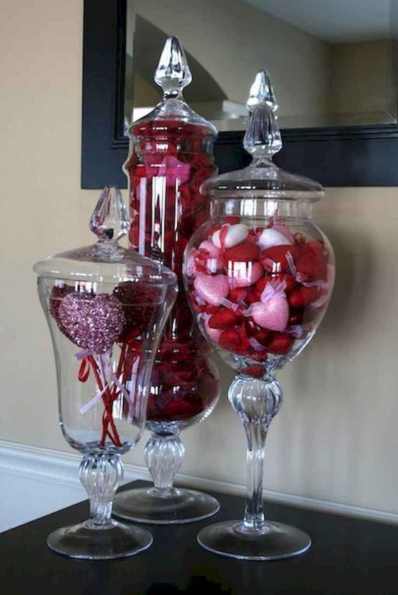 50 Romantic Valentines Day Decor Ideas (51)